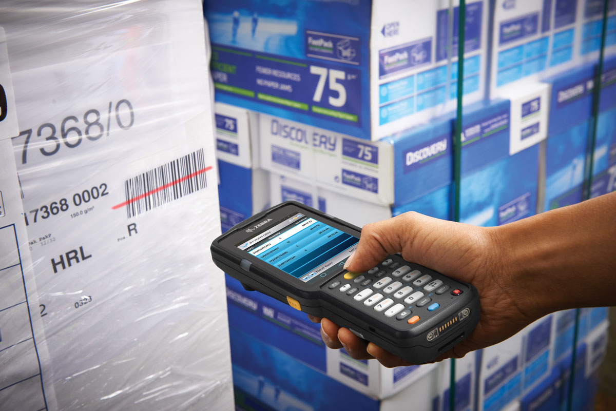 MC3300 Android Scanning in Warehouse